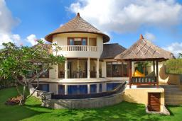 villa-frangipani-jimbaran